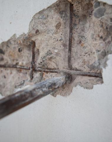 Poröse Wand